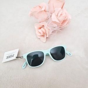 f2193548a8eed Pink Victoria Secret Bottle Opener Sunglasses NWT